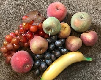 VINTAGE ARTIFICIAL FAUX Fruit Grapes Banana Apples Retro Realistic Decorative Farmhouse Decor
