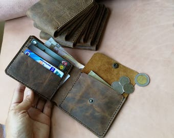 Hip wallet for men, cow leather Brown wallet with coin pocket
