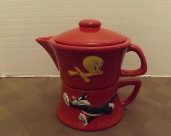 Sylvester & Tweety Single Serve Teapot - Marked