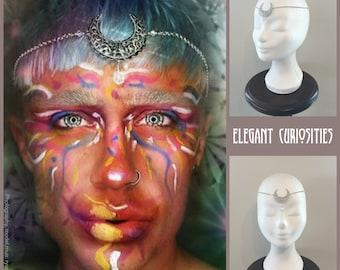 Headchain 'Magical moon', circlet, head chain, headpiece, headdress, lunar, gothic, goddess  * Elegant Curiosities *