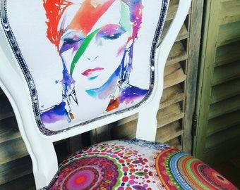 David Bowie, Ziggy Stardust Psychedelic louis chair