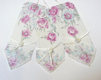 Nostalgic Fabric Tags, Shabby Yet Chic Pastel Floral Gift Wrap Tie Ons, Upcycled Vintage Unique Ladies Hankie Gift Wrap Tags itsyourcountry