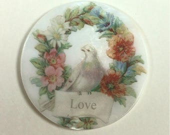 Mother of Pearl Button- Love Dove