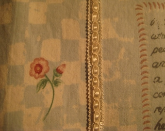 VINTAGE WOVEN TRIM**Off White**Adds charm to a sewing or craft project**Measures 3 ft.6 in.**Clean and in very good condition**3/8 in wide