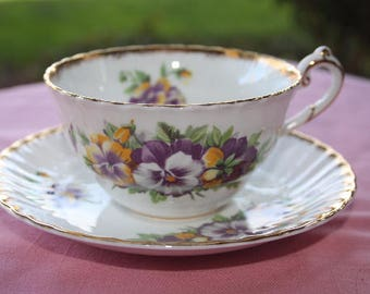 Victoria C&E Bone China Teacup and Saucer