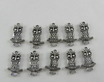 20 Owls on Branch - Antique Silver - Charms - 2 sided - 19mm x 12mm