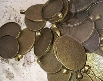 1 pendant support(medium) cabochon 30 x 40 mm oval antique bronze metal