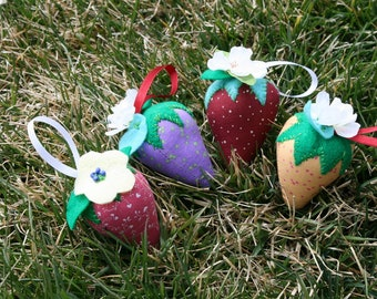 Strawberry Pin Cushions, Strawberry Ornaments, Strawberry Decor