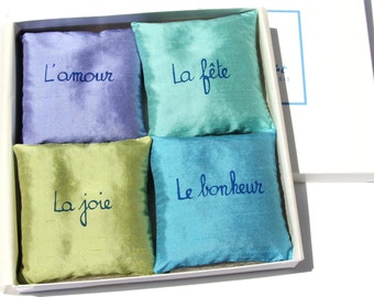 Easter. Gift for her. Easter's gift. Mother's day. wedding gift.Hostess gift. French Lavender Sachets. Lavender sachets. Aromatherapy.