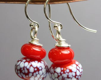 Red Earrings, Red and White Earrings, Red Beaded Earrings, Colorful Earrings, Colorful Jewelry, Beaded Earrings, Kathy Bankston, Earrings