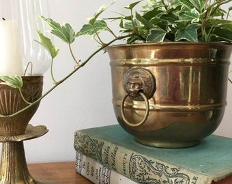 Lion Head Brass Planter / Small Houseplant Planter / Brass Home Decor / Indoor Gardening / Vintage Brass Planter / 2 Lion Head Rings