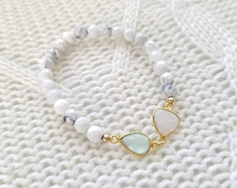Green Chalcedony, Moonstone and Howlite Stretch Bracelet