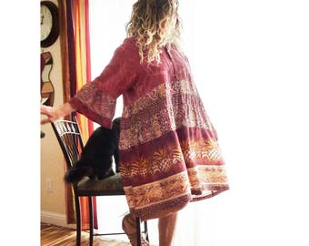 Plus size oversize silk dress, Large to 1X, vintage Carole Little, Hawaiian shirt, pineapple print, boho, gypsy, red, ooak, artsy