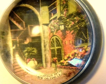 Vintage Souvenir Glass Paperweight from New Orleans , circa 1950