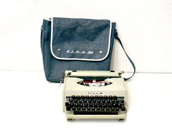 Vintage typewriter LISA 30 / in working condition