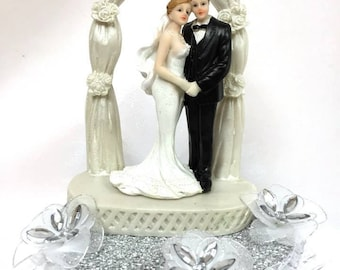Wedding Couple Under Arch Centerpiece or Cake Topper