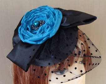 fascinator black with flower