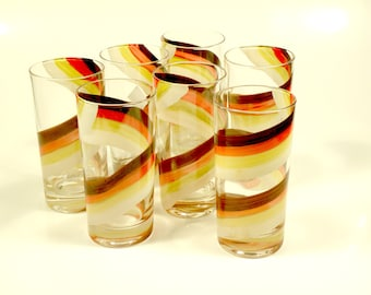 Vintage Retro Glasses 1970's Design Water Tea Drink Glasses / Set of 7
