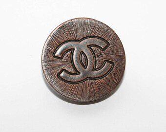 RUSTIC CHANEL BUTTON With cc Logo...20 mm