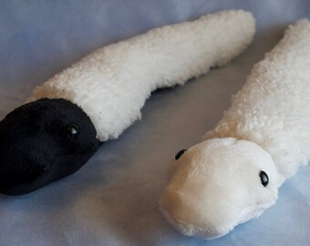 Snuggle Snake - Sheep (hornless)
