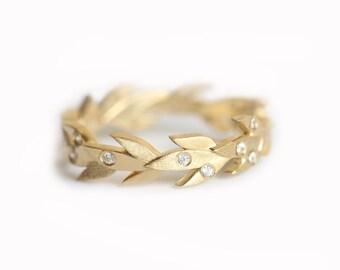 Vine Wedding Band, Vine Wedding Ring, Diamond Vine Band, Diamond Eternity Ring, Gold Leaf Band, Diamond Leaf Band, Nature Inspired ring