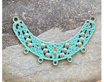 Filigree arc pendant patina green brass  66x42mm