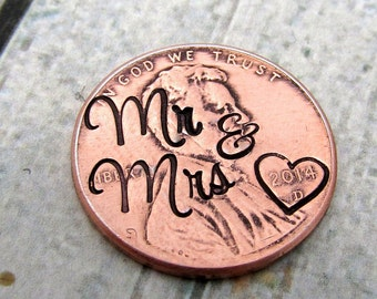 Mr & Mrs - Hand Stamped Penny Pocket Token - Personalized Plate for Locket - Anniversary Gift - Personalized Penny - Pocket Token (902)