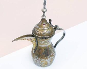 Ancien pot à persan