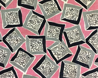 Vintage Feedsack Flour Sack Fabric Novelty Pink Gray 1930's 1940's 1950's Quilt Fat Quarter Patchwork