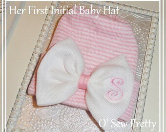 Newborn hospital hats, monogrammed baby hospital hat, Personalized Newborn hat with bow, infant hat, baby girl hospital hat