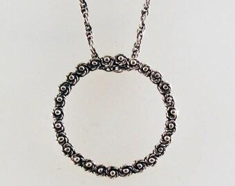 O-Necklace