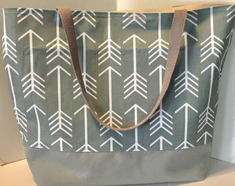 Large Arrows Beach Bag . Gray and White Arrows . Large Tote .  bridesmaid gift . Teacher tote bag . MONOGRAMMING Available