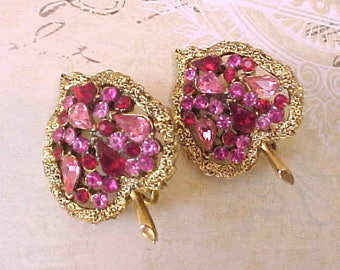 Charming Vintage 1950's Leaf Earrings with Pink Rhinestones