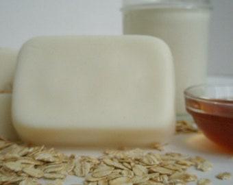 Oatmeal, Milk & Honey Goat's Milk Soap - Soothing Calming Unisex Fragrance