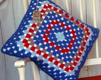 Cushion cover. Granny square. Denim cushion. Blue cushion. Retro. Kitsch.