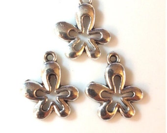 10 - Cool 60's Flower Power charms - Antique Silver - SC55#GE