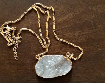 Crystal necklace, white druzy crustal, gemstone necklace, boho necklace, short necklace, gift for her, natural crystals, crystal pendant
