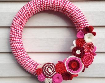 Valentine Wreath - Valentine's Day Wreath - Houndstooth Wreath - Felt Flower Wreath - Valentine Felt Wreath - Red Valentine Wreath - Wreath
