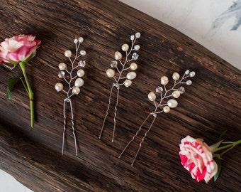 Bridal Hair Pin lvory Pearl Hair Piece Bridesmaid Gift Wedding Hair Jewelry Wedding Day Accessories Set of 3 Elegant Bride Romantic Decor