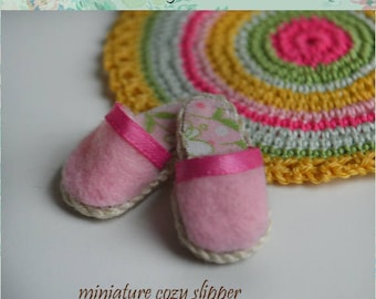 Miniature cozy slippers, scale 6
