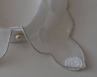 Sewing tulle collar