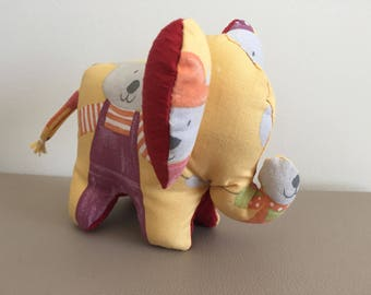 Blanket Middle elephant theme character