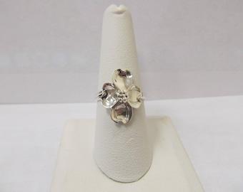 Vintage Sterling Silver Signed NYE Floral Ring W #222