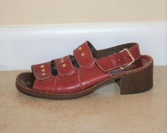 1960, 70s Leather Mod Etched Heels Size 7 Narrow