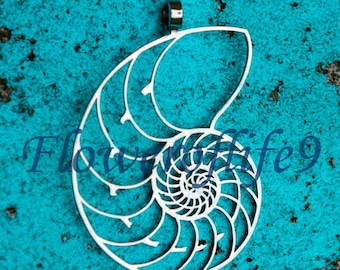 Nautilus shell small pendant 2 1/8 x 1 7/16 - Stainless Steel