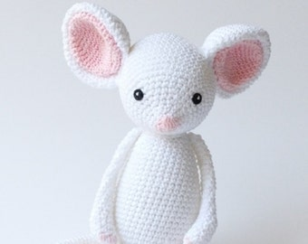 Baby Toy Crochet Mouse, Handmade Gift for Baby, Natural Baby Friendly Materials.