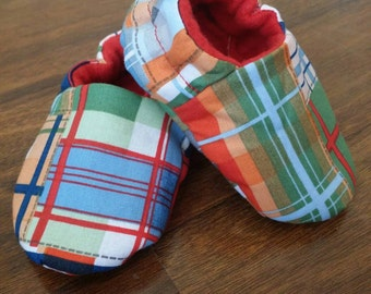 Baby Shoes Boys, Boys Shoes, Toddler shoes, Baby Boy moccasin, Bright Plaid Soft toddler baby shoes