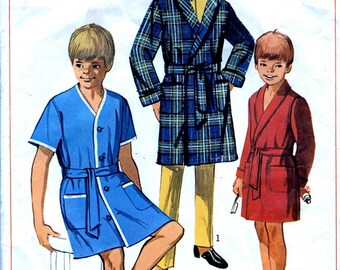 Boys' Robe / Dressing Gown. 1960's Vintage Sewing Pattern. Chest 24 inches. Simplicity 7936