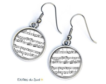music, musician, music note, resin cabochon, hypoallergenic, ref.48 hooks earrings