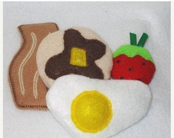Felt play food - pretend food - play kitchen food - Felt play food - BREAKFAST felt play  egg, bacon, pancake, and a strawberry #PF2532
